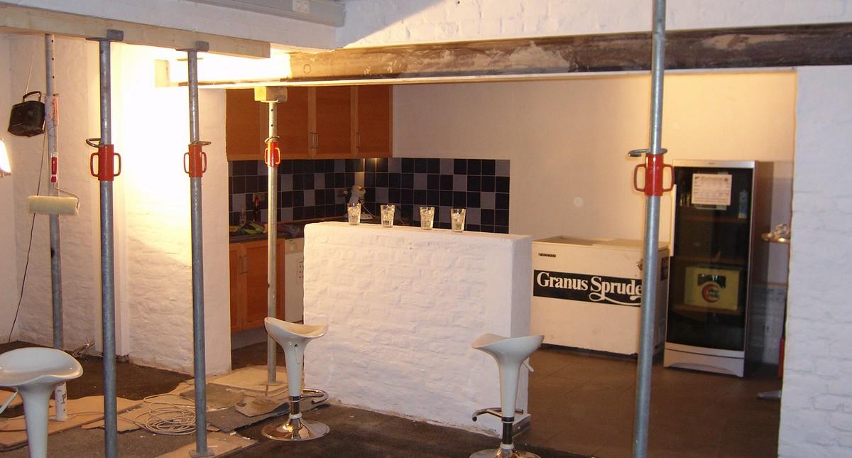 wanddurchbruch verkleiden wanddurchbruch selber machen. Black Bedroom Furniture Sets. Home Design Ideas